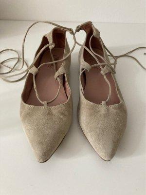 Alberto la Torre Ballerina's met kant licht beige