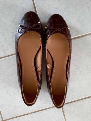 H&M Ballerines en cuir verni bordeau-brun rouge