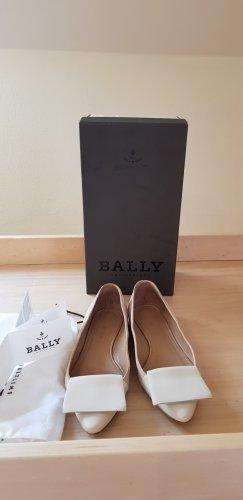 Bally Ballerina's met kant beige Leer