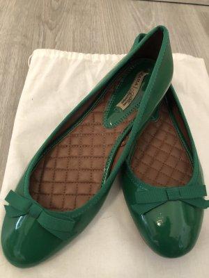 Zara Patent Leather Ballerinas forest green
