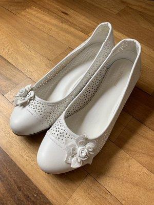 Graceland Baleriny z odsłoniętym palcem biały