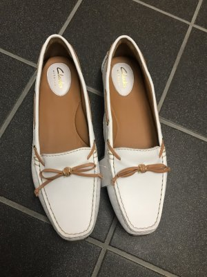 Clarks Moccasins white-light brown
