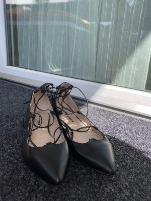 New Yorker Ballerines en cuir verni noir