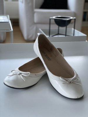 Buffalo Patent Leather Ballerinas white leather