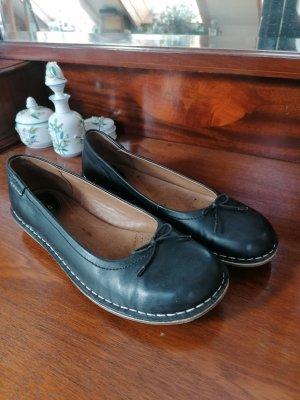 Clarks Classic Ballet Flats black leather