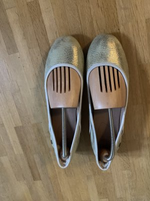 UGG Ballerinas with Toecap gold-colored