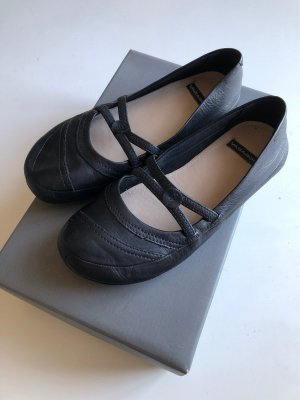 Vagabond Strappy Ballerinas black