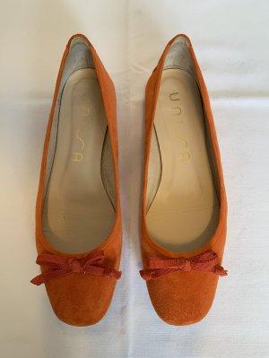 Unisa Bailarinas con tacón Mary Jane naranja Cuero