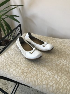 Caprice Classic Ballet Flats white leather