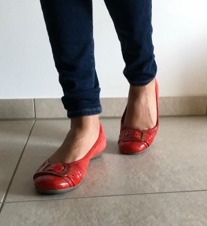 Bata Patent Leather Ballerinas red