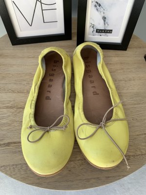 Peep Toe Ballerinas yellow leather