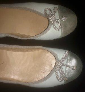 Ballerinas hellblau