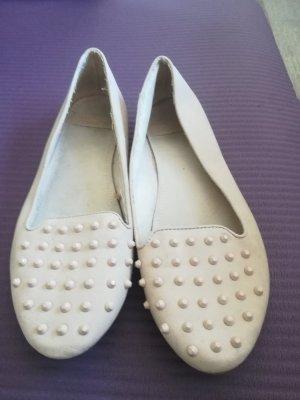 Ballerinas in beige mit Nieten