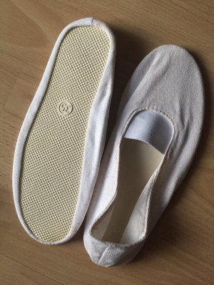 Mary Jane Ballerinas white
