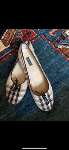 Burberry Classic Ballet Flats cream