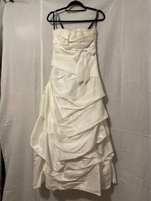 Unique Wedding Dress white