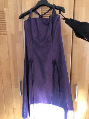 Sixth Sense Vestido de baile lila-violeta oscuro