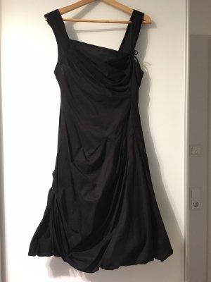 Eucalyptus Sukienka z rękawem balonowym czarny Bawełna
