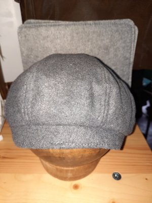 hand gemacht Cappello in feltro grigio scuro