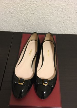 Bally Patent Leather Ballerinas black leather