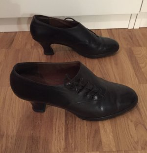 Bally Lace Shoes black