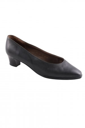 Bally Pointed Toe Pumps black business style