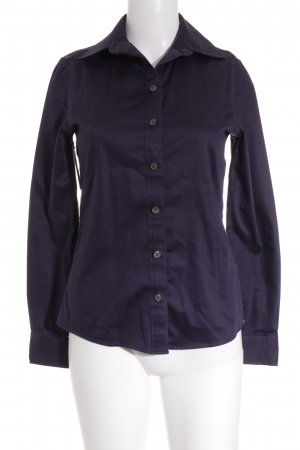 Banana Republic Langarm-Bluse dunkelviolett Street-Fashion-Look