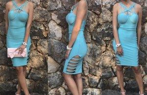Robe découpée bleu clair