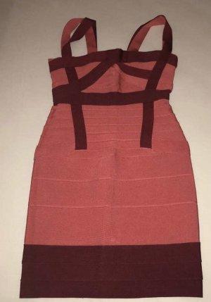 Chicc Sukienka z dekoltem typu bandeau purpurowy-różowy