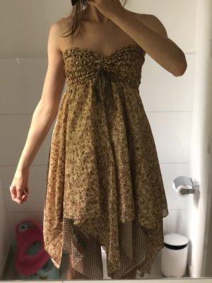 Bandeau Kleid mit Layern