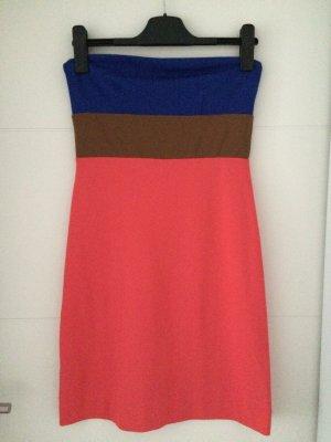 Mango Sukienka z dekoltem typu bandeau łosowiowy-niebieski Wiskoza