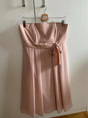 Young Couture Bandeaujurk stoffig roze-rosé
