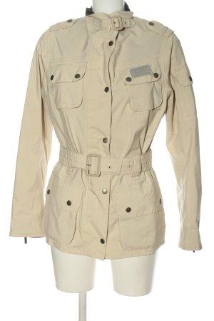 Barbour Between-Seasons Jacket cream casual look