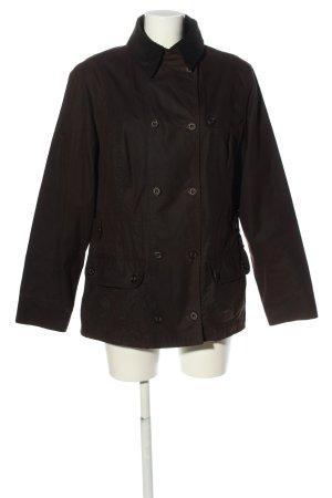 Barbour Between-Seasons Jacket brown casual look