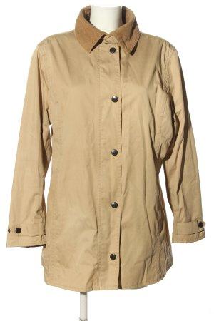 Barbour Between-Seasons Jacket natural white casual look