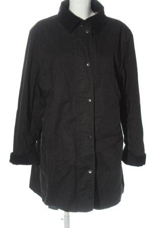 Barbour Between-Seasons-Coat black casual look