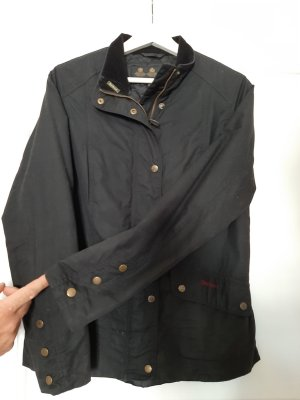 Barbour Waxed Jacket black