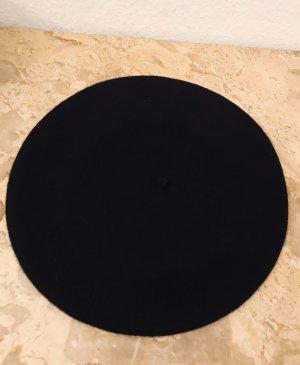 Beret black wool