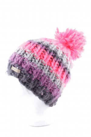 Barts Crochet Cap color gradient casual look