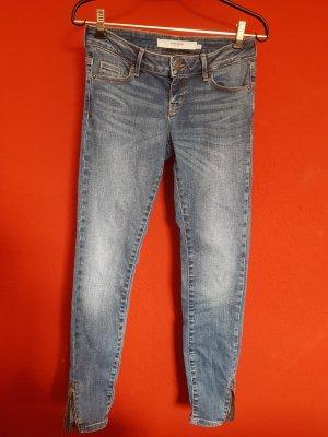 Basic-Jeans ==> Beinabschluß mit kleinem Reißverschluß  - Gr. 27/32