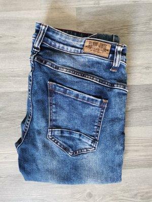 Basic Jeans Blind Date