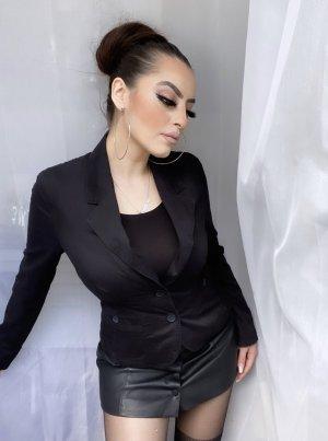 basic klassischer blazer in schwarz, tailliert