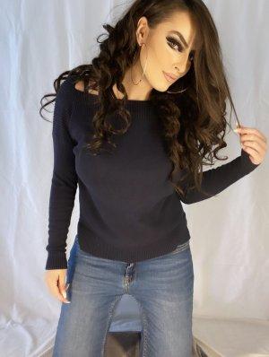 basic klassischer pullover in marineblau