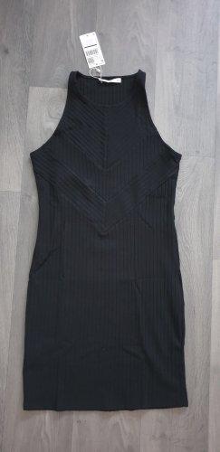 Basic Kleines Schwarzes Kleid