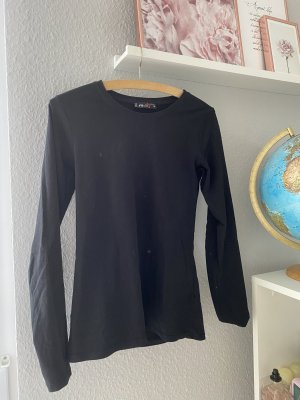 Basic Langarmshirt in schwarz mit Rundkragen