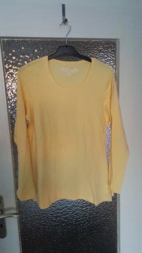 Basic Langarmshirt von Janina