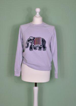 Basic Pullover in Flieder mit Elefanten Aufnäher