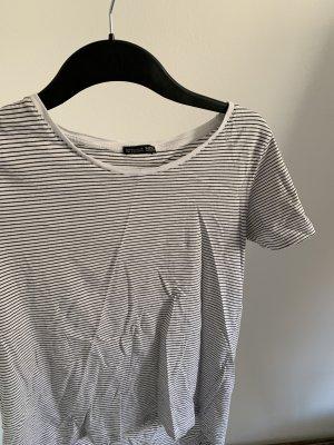 Basic Shirt gestreift von Zara