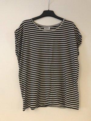 Basic Shirt wollweiß/schwarz gestreift Gr.S