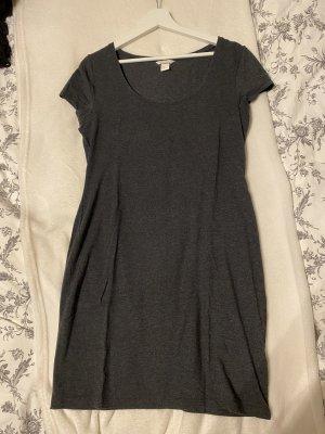 Basic T-Shirt-Kleid